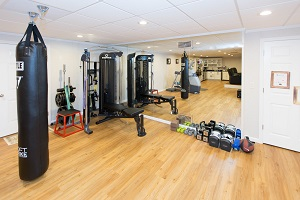 Installation of a basement gym in